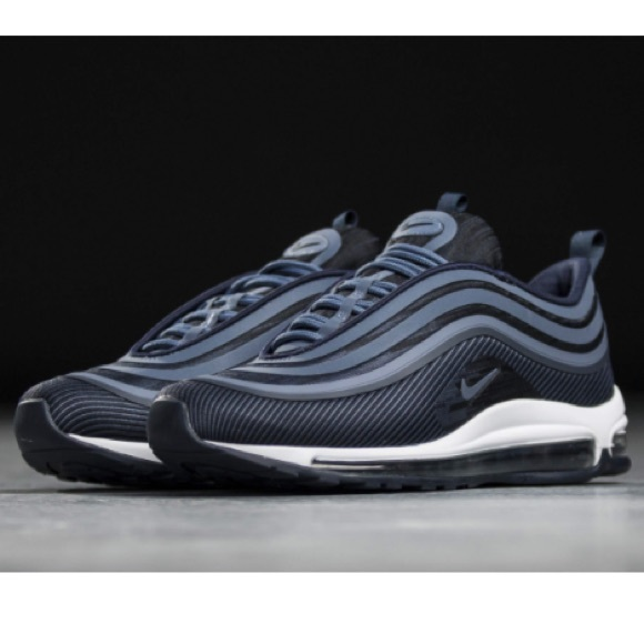 Nike Air Max 97 Ultra  17 Men s Sneakers NWOB 10. M 5b65d6e08158b509b3cffe29 31f90c7b3